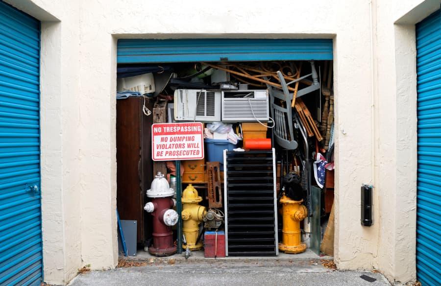 overflowing storage unit